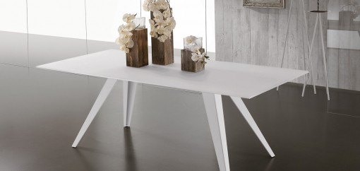 LINE tavolo