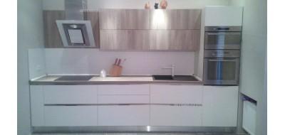 Кухня Wood-Petra Linea
