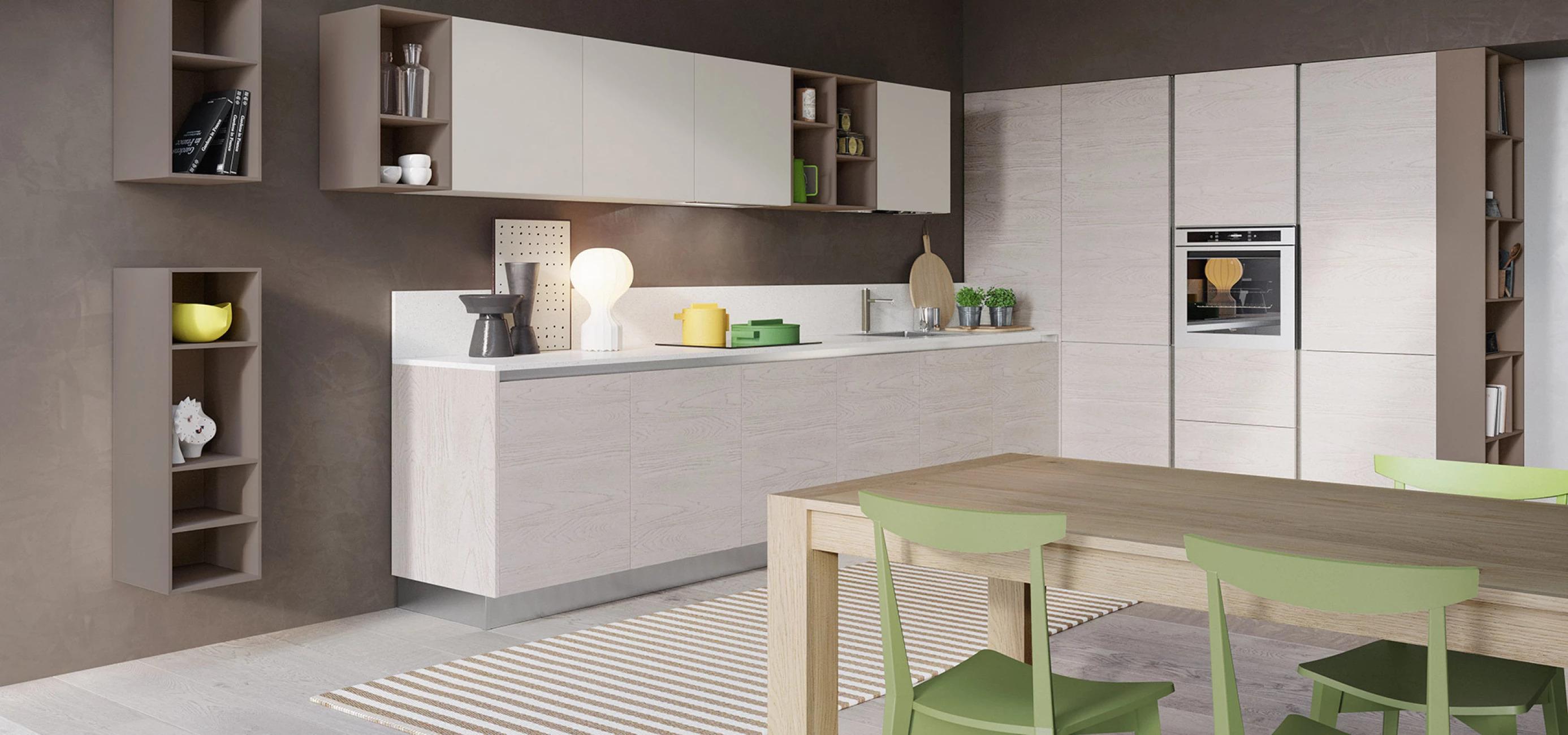 Итальянская кухня CLOE в современном стиле от фабрики ARREDO3 в белых и светло-коричневых цветах, зеленые стулья, деревянный стол, деревянная мебель, кухонные приборы
